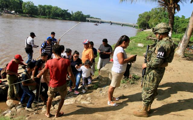 Flujo migratorio se redujo 36.2 por ciento: Ebrard - Guardia Nacional en la frontera