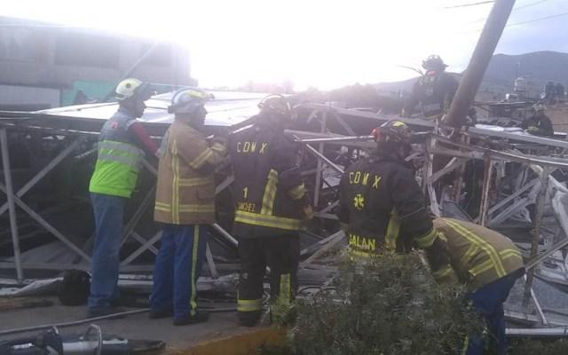 Caída de espectacular en Iztapalapa deja al menos seis lesionados - Iztapalapa espectacular Avenida de las Torres 2