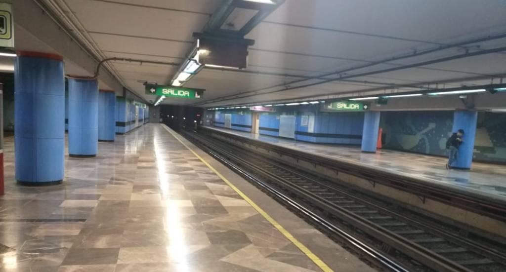 Fallas en el Metro; seis estaciones de Línea 8 se quedaron sin servicio. Noticias en tiempo real