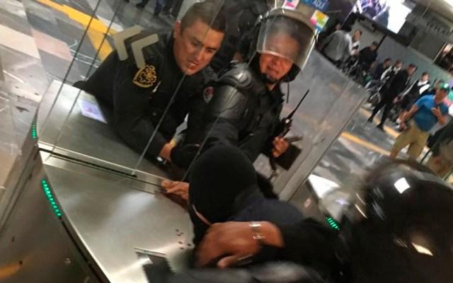 #Video Detienen a manifestantes por vandalismo en Jalisco - manifestantes jalisco vandalismo