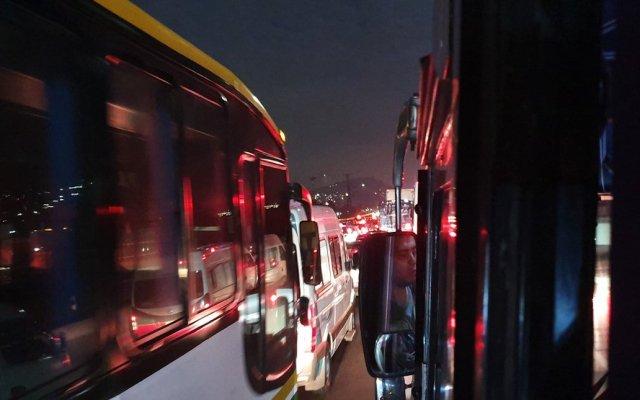 Retiro de puente ocasiona caos vial en la México-Pachuca - Foto de @yairon7702
