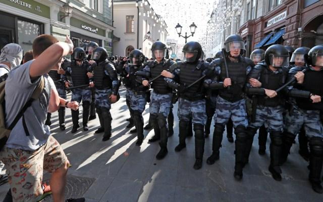 Policía rusa detiene a más de200manifestantes en Moscú - moscú