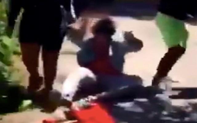 #Video Mujeres atacan a menor con discapacidad mental en Chicago - mujeres agresión a menor en chicago