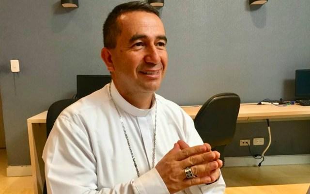 Obispo busca exorcizar a ciudad entera desde helicóptero - obispo
