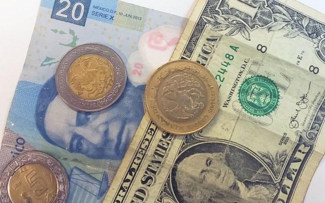 Dólar se cotiza por debajo de los 20 pesos; no ocurría desde marzo pasado - Peso dólar dólares tipo de cambio moneda billetes dinero