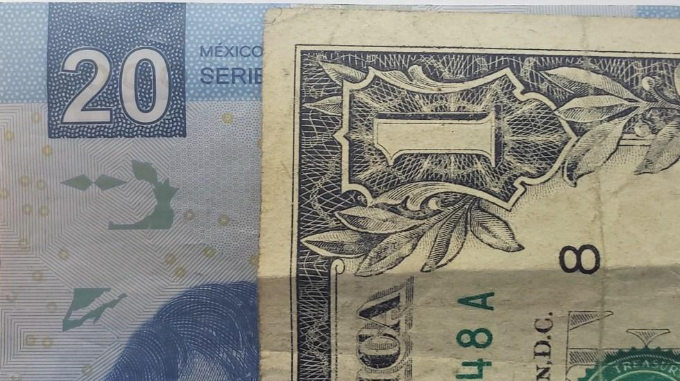 Dólar inicia semana con mínima alza - Peso dòlar dólares tipo de cambio moneda billetes dinero