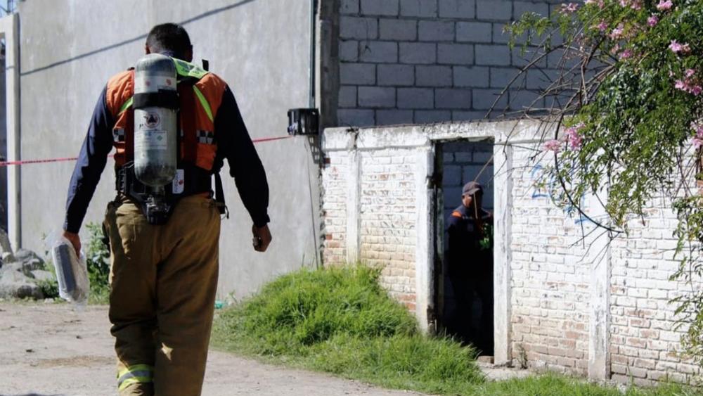 Hallan fosa clandestina en colonia de Puebla - Foto de @@retodiariomx