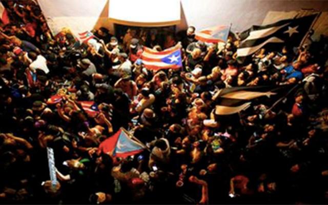 Así celebró Puerto Rico la renuncia de Roselló - Foto de @teleSURtv