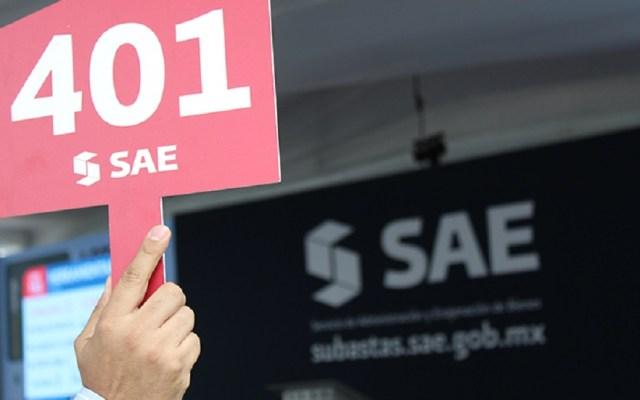 SAE anuncia subastas de bienes muebles e inmuebles en Guadalajara - Subasta a martillo. Foto de SAE