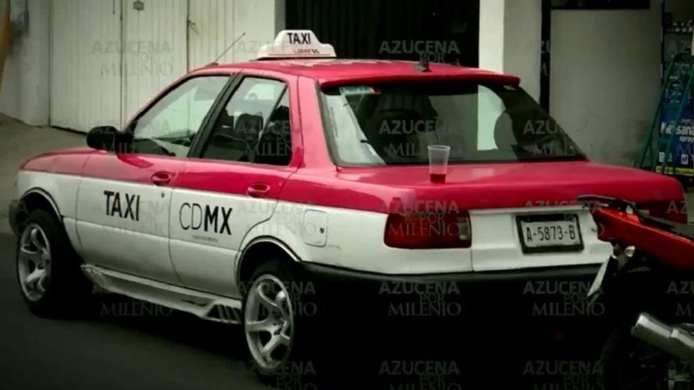 Taxi estacionado sobre la calle San Cástulo. Foto de Milenio
