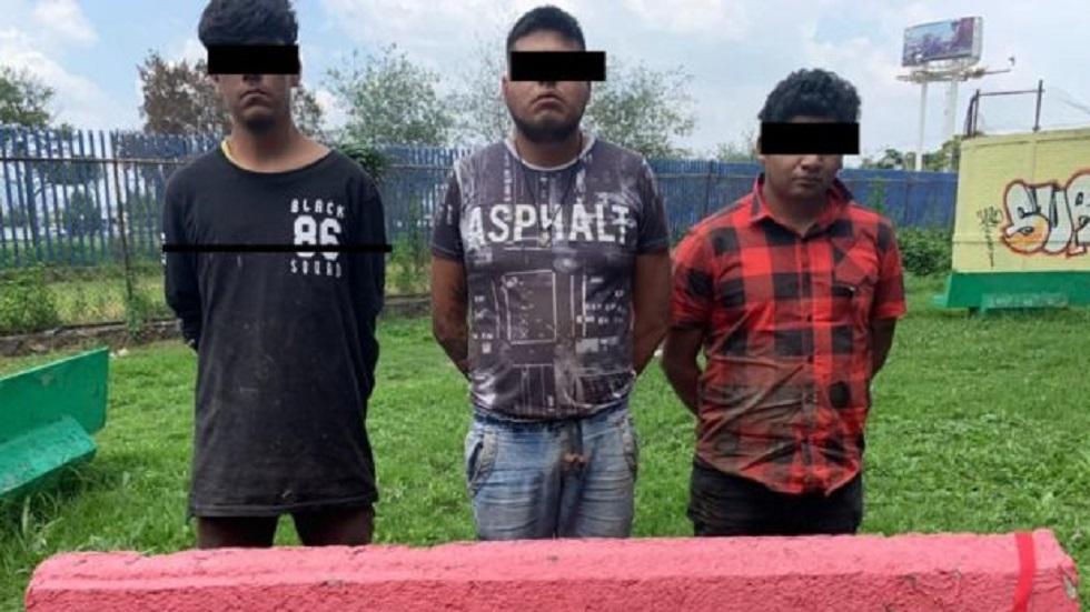Procuraduría capitalina confirma arresto de miembros de 'Los Rodolfos' - Tres de los detenidos, presuntos miembros de Los Rodolfos. Foto Especial