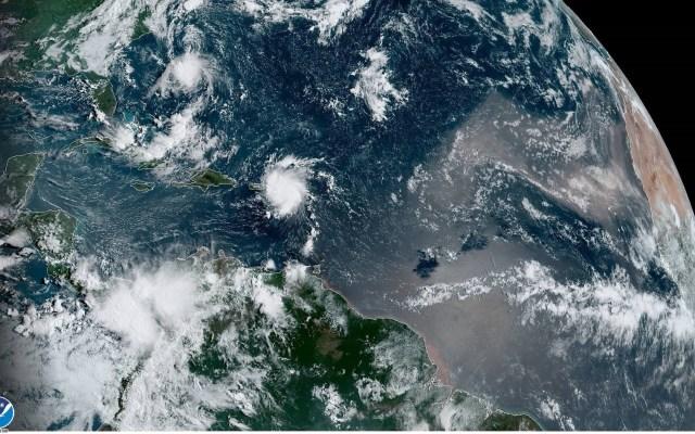 Alerta de inundación costera en Puerto Rico y Santa Cruz por 'Dorian' - Foto de EFE.