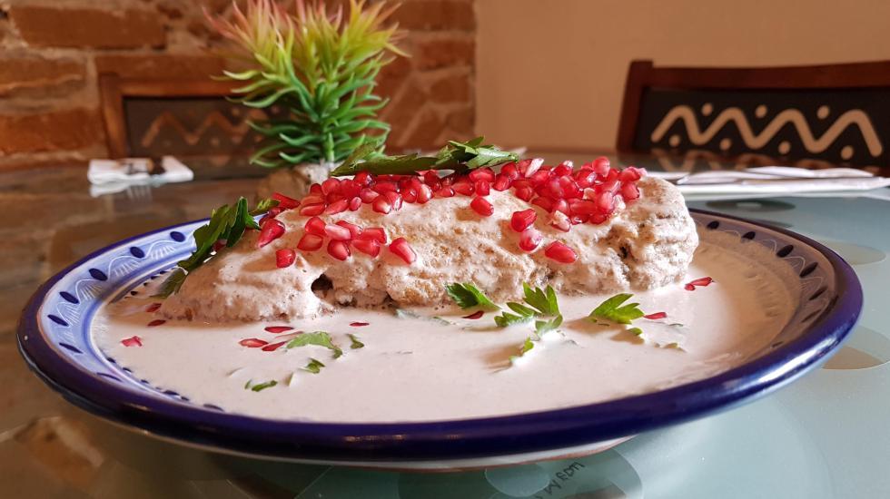 ¿Qué tienen un común los chiles en nogada y la pizza margarita? - Foto de Carlos Tomasini.