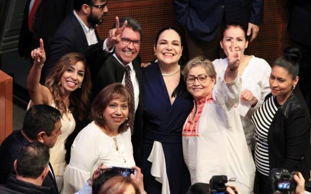 Ascenso de Mónica Fernández es cambio institucional, no victoria: Monreal - Ricardo Monreal y Mónica Fernández Balboa. Foto de Notimex.