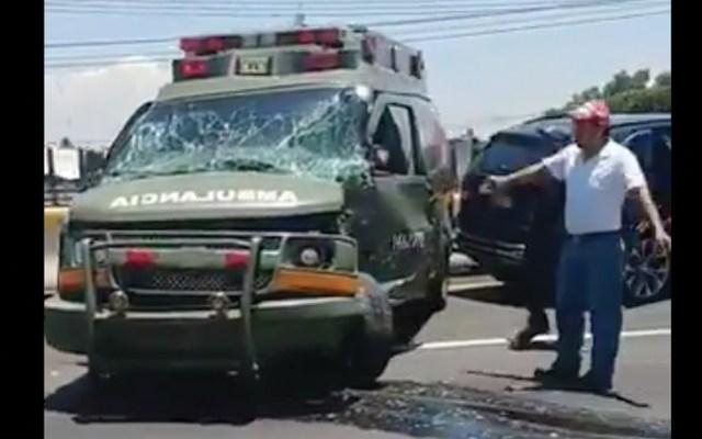 #Video Ambulancia de Sedena sufre choque en la México-Pachuca - Captura de pantalla