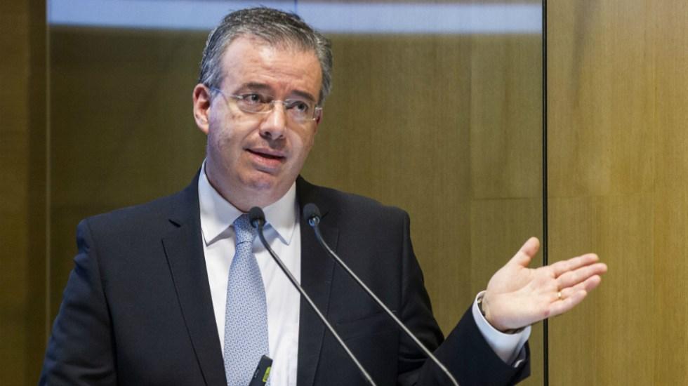 Rechaza Alejandro Díaz de León que crédito para Fertinal se aprobara durante su gestión en Bancomext - Alejandro Diaz de León, gobernador del Banco de México. Foto de Notimex / Archivo