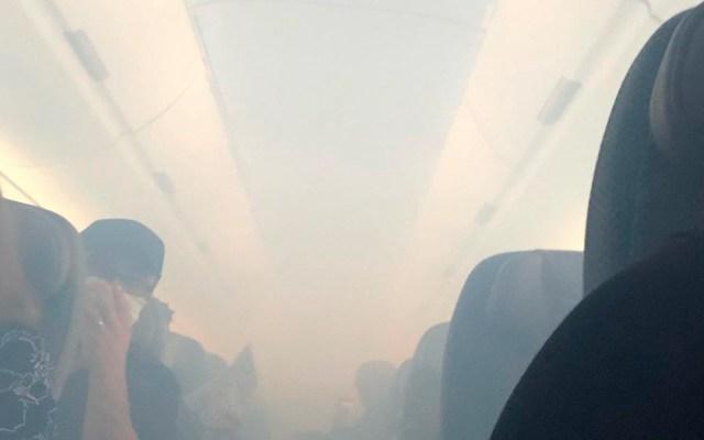 Avión aterriza de emergencia en Hawaii por humo en la cabina - aterrizaje de emergencia avión humo