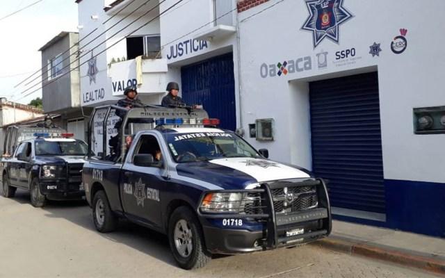 Encuentran cuatro cadáveres en taxi abandonado en Oaxaca - cadáveres taxi oaxaca