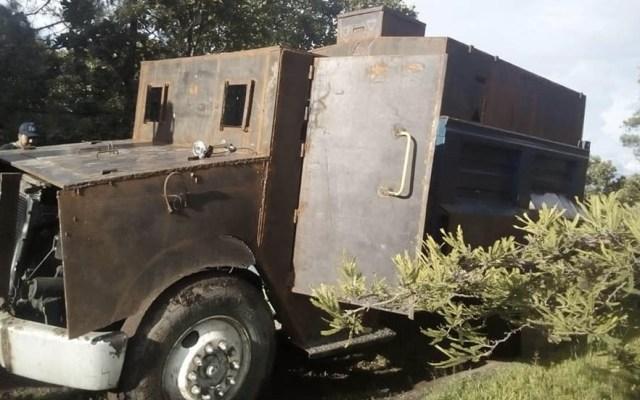 #Video Presunto vehículo blindado de 'El Carrete' en Guerrero - Camión blindado El Carrete Guerrero