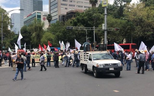 Campesinos marchan de Reforma al Zócalo - campesinos reforma Zócalo