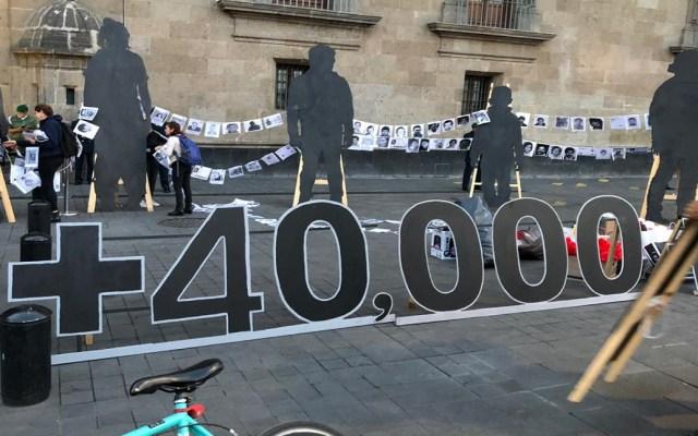 #Video Familiares de desaparecidos protestan frente a Palacio Nacional - Cantidad estimada de personas desaparecidas en México. Foto Especial