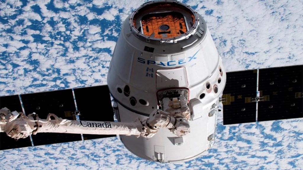 Cápsula Dragon de Space X regresa a la Tierra desde la EEI - cápsula dragon space x estación espacial