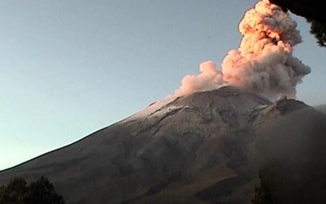 Popocatépetl presenta exhalación con fumarola de más de un kilómetro - popocatépetl