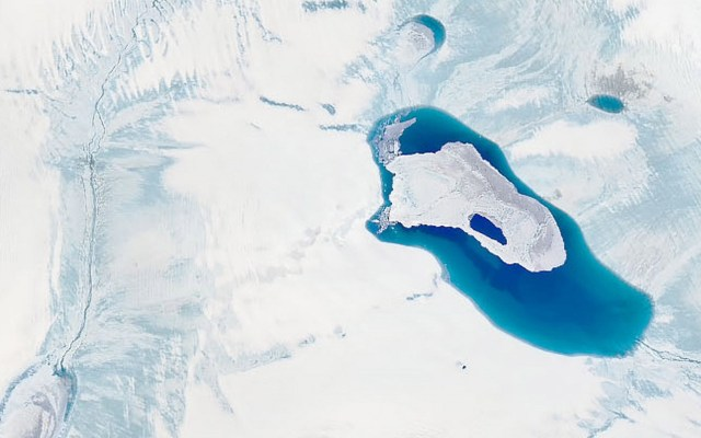 Ola de calor acelera deshielo en Groenlandia - Deshielo en Groenlandia. Foto de EFE