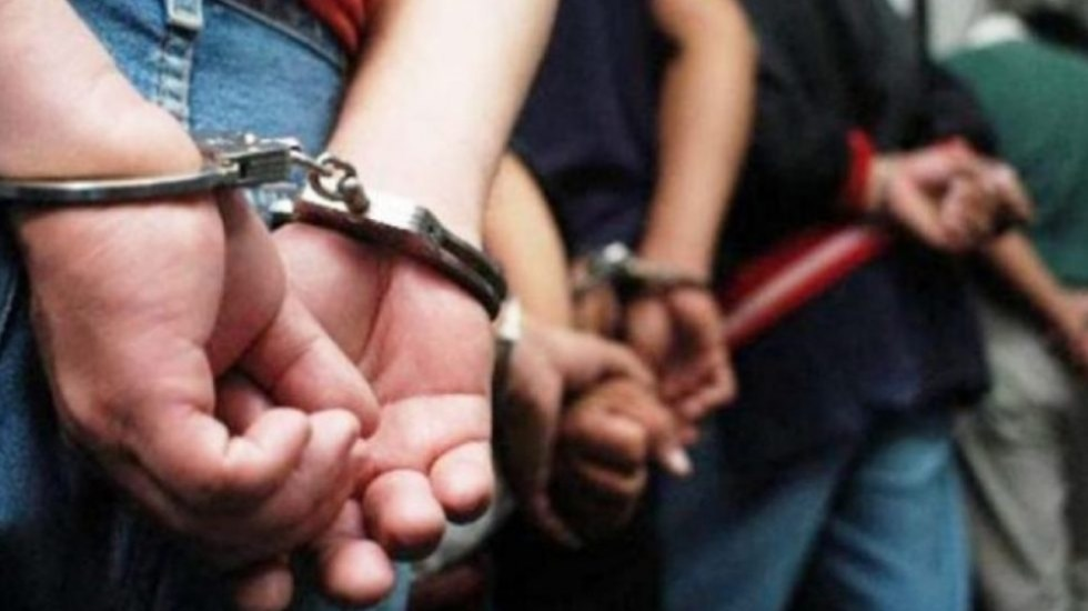 #Video Detienen a presuntos asaltantes de peatones en la GAM - Detenidos. Imagen ilustrativa