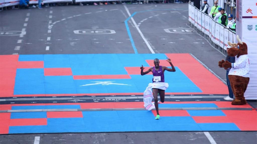 El keniata Ducan Maiyo gana el Maratón de la Ciudad de México - duncan maiyo maratón de la ciudad de méxico