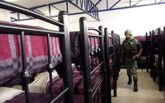 Guardia Nacional tiene su primer cuartel en la Ciudad de México - Elemento de la Guardia Nacional en el cuartel de Iztacalco. Foto de @alcaldiaIztacalcooficial