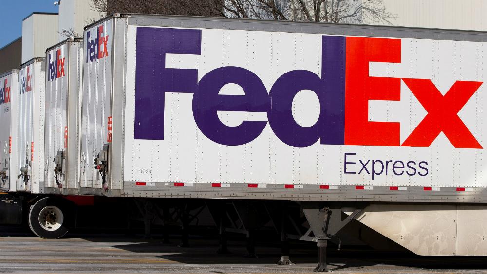 FedEx anuncia fin del contrato de envíos terrestres con Amazon - Foto de EFE
