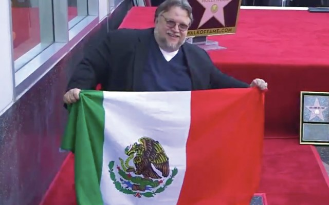 #Video Guillermo del Toro devela su estrella en el Paseo de la Fama de Hollywood - Captura de pantalla