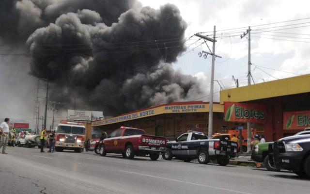 #Video Fuerte incendio cerca de la Central de Abasto en Saltillo - Foto de @telediarioSalti