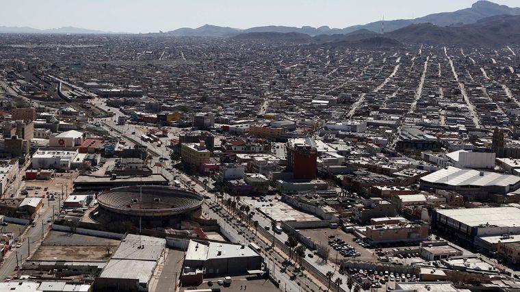 Familia y amigos dan último adiós a niñas asesinadas en Ciudad Juárez - Foto de El Economista.