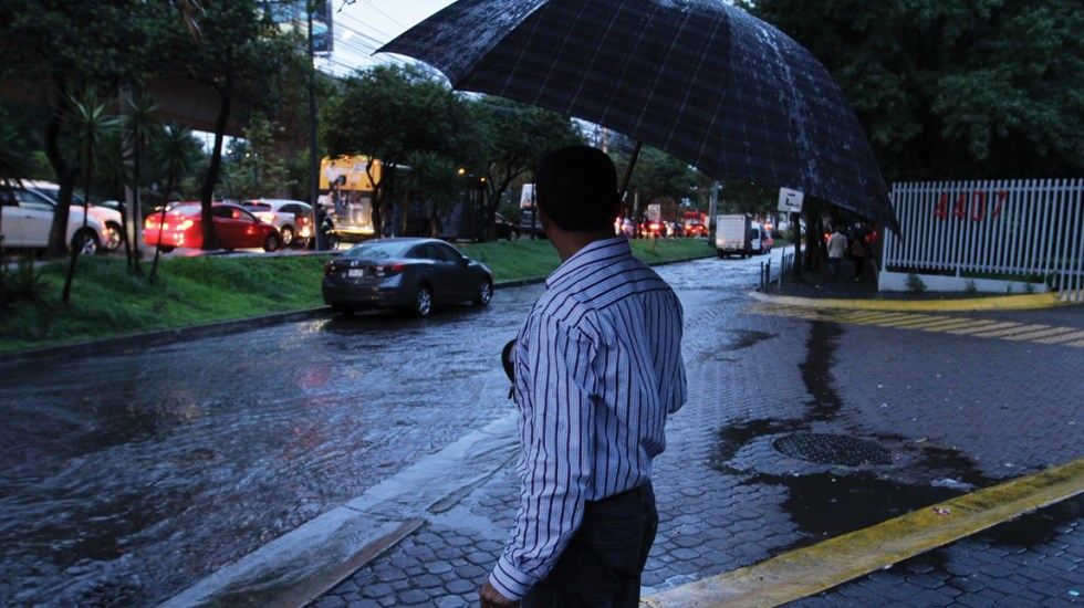 Activan Alerta Amarilla por lluvia en ocho alcaldías - Foto de Notimex