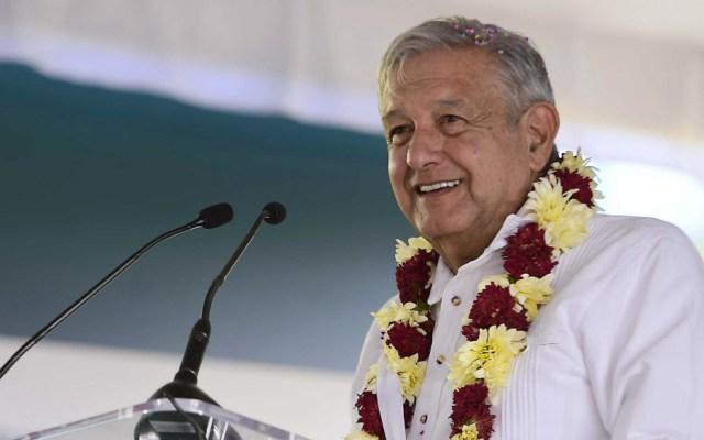 López Obrador estima cerrar 2019 con 35 mil mdd de remesas - Foto de Notimex