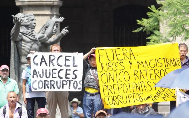 Inicia manifestación frente a la SCJN - manifestacion scjn jueces corruptos