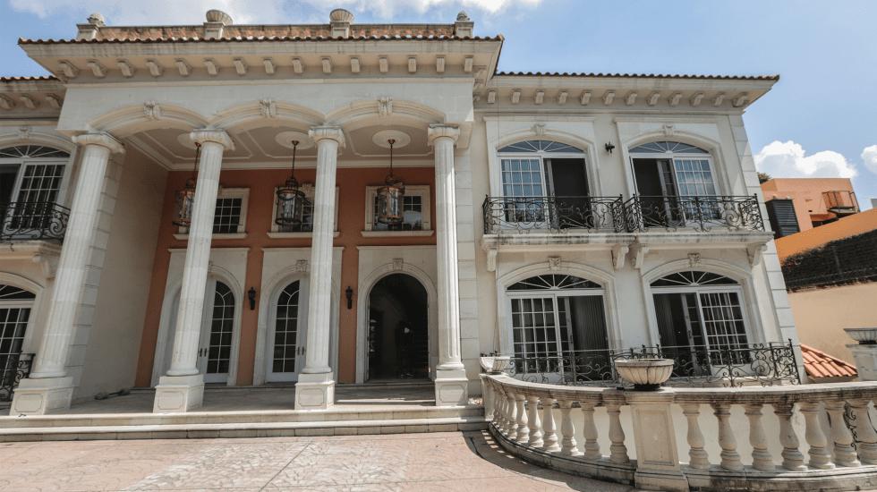 El empresario y banquero regio, Carlos Bremer, compró en 102 mdp la residencia de Zhenli Ye Gon - Foto de Notimex / Gustavo Durán
