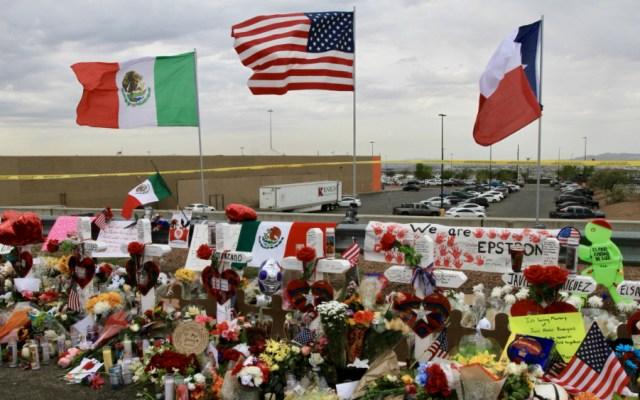 Recuerdan a víctimas de tiroteo en memorial de El Paso - Foto de Notimex
