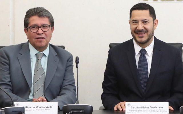 Batres acusa a Monreal de ensuciar proceso interno para dirigencia del Senado - Ricardo Monreal (izq.) y Martí Batres (der.). Foto de Senado de la República.—