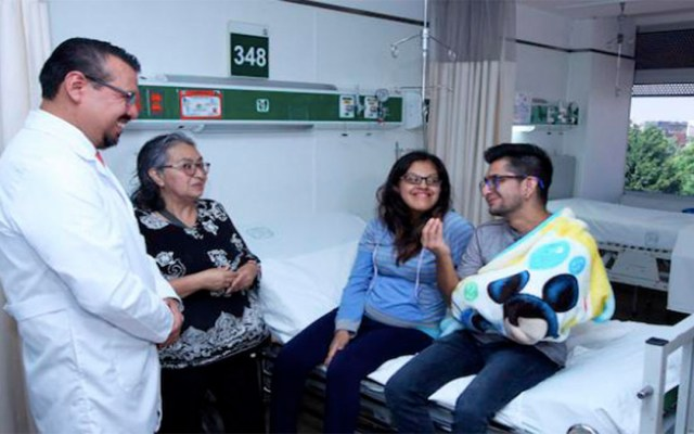 Sala de Atención Amigable del IMSS ayuda a mujer sordomuda a dar a luz - mujer sordomuda niña imss sala de atención amigable