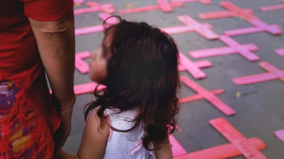 Cuarentena provoca hasta tres intentos de feminicidio en Guanajuato - Niña en protesta contra feminicidios. Foto de El Universal