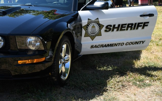 Tiroteo en centro de asistencia de Sacramento, California deja dos heridos - Patrulla del condado de Sacramento. Foto de @sacsheriff