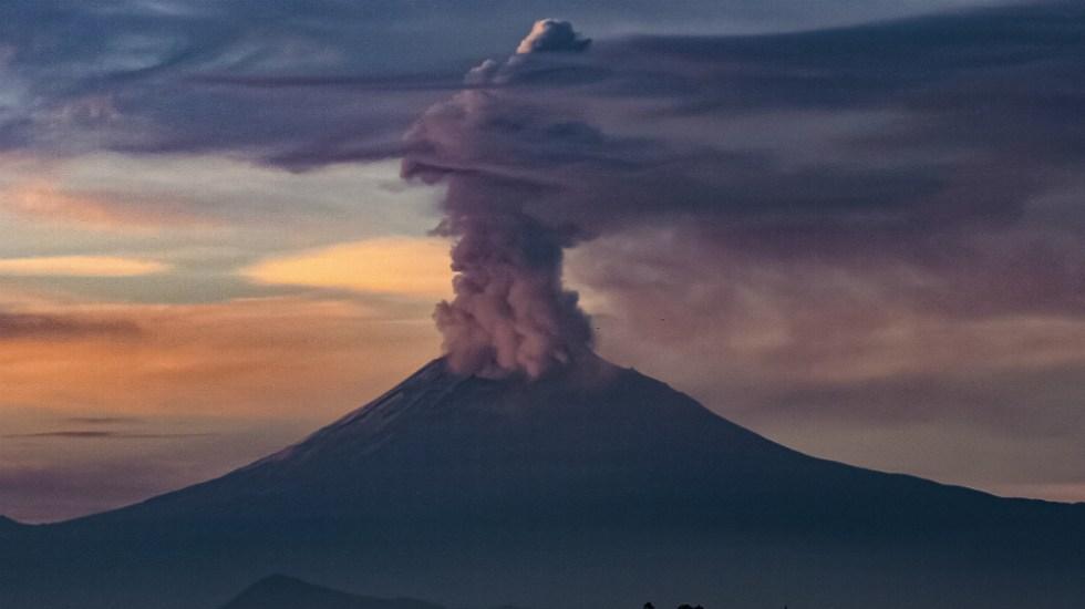 Emite volcán Popocatépetl 135 exhalaciones en últimas 24 horas - Foto de Notimex