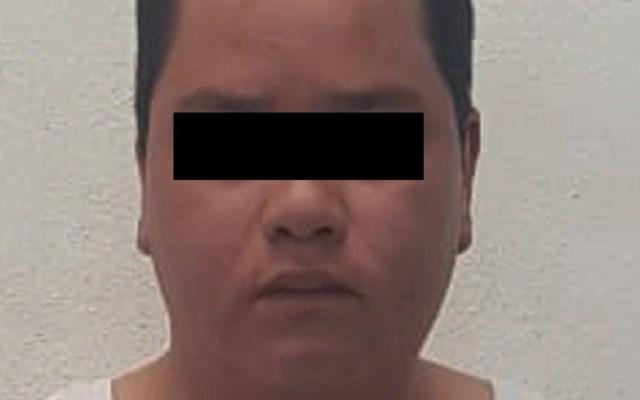 Detienen a presunto extorsionador de transportistas del Estado de México - Presunto extorsionador detenido en Tecámac. Foto de @SS_Edomex