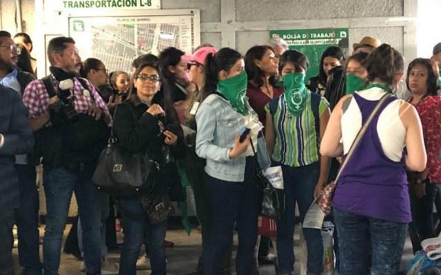 Mujeres manifestantes niegan provocación; señalan que es exigencia contra abusos - Foto de Notimex