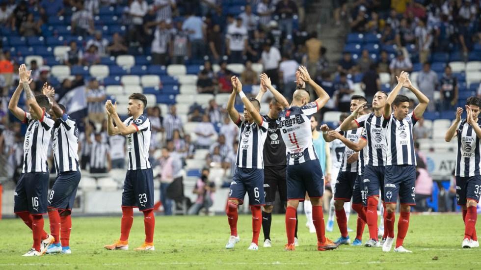 Rayados de Monterrey sufren problemas de aterrizaje debido a la neblina - Rayados Monterrey Pumas partido 2