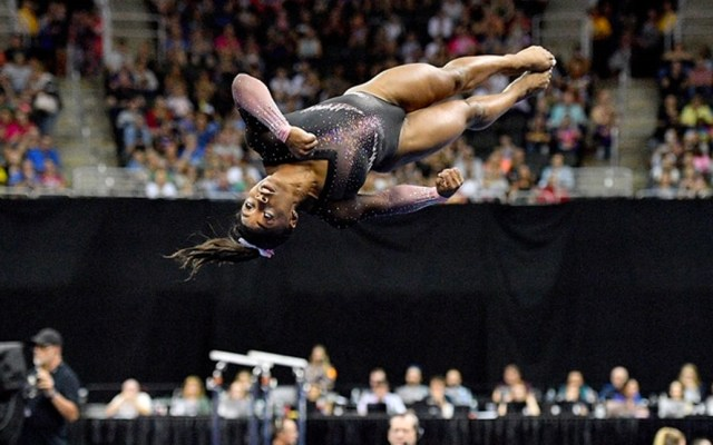 #Video Simone Biles ejecuta movimiento nunca antes visto - Simon Biles