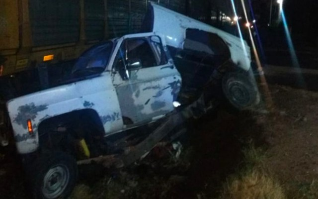 Muere conductor de la tercera edad por intentar ganarle el paso al tren - Accidente tren Guadalajara